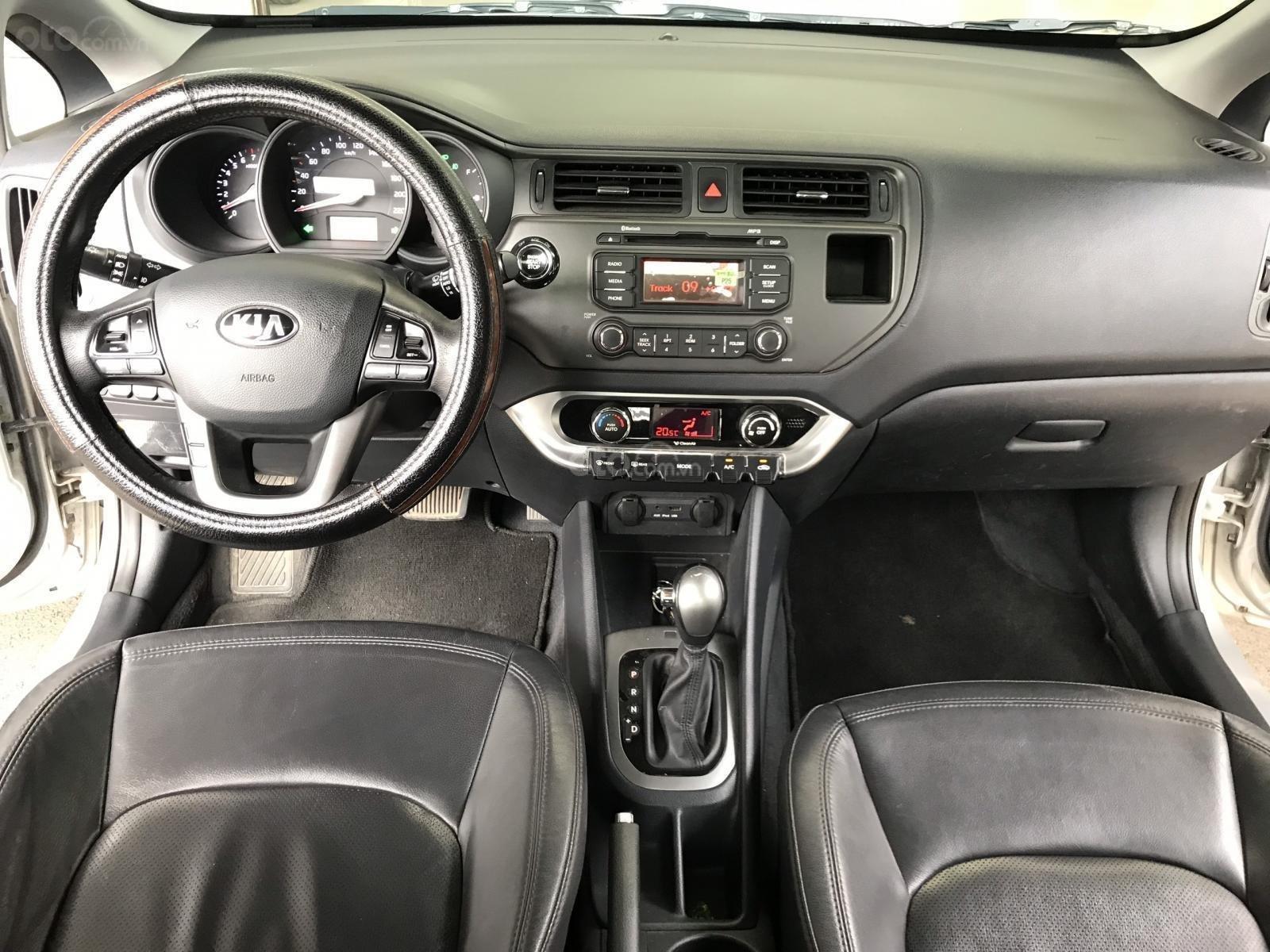 Bán xe Kia Rio năm sản xuất 2012, màu bạc, nhập khẩu, giá tốt (2)