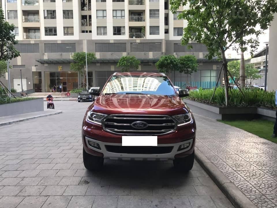 Ford Everet Titanium 4x2 AT sản xuất 2018, màu đỏ tên tư nhân (1)