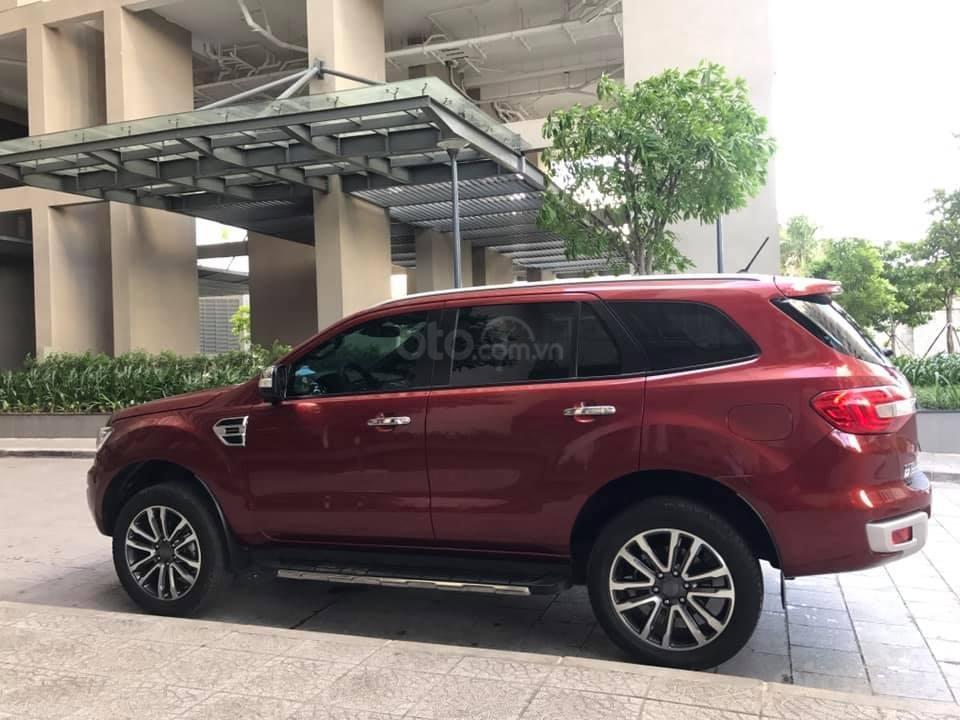 Ford Everet Titanium 4x2 AT sản xuất 2018, màu đỏ tên tư nhân (7)