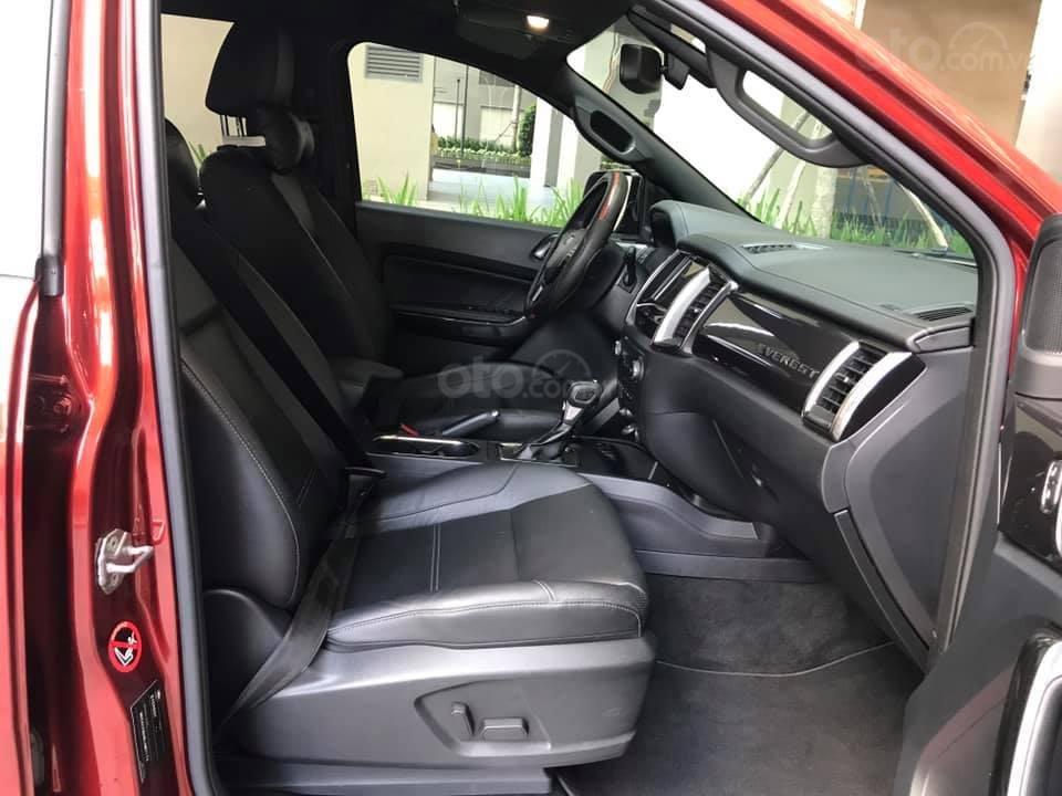Ford Everet Titanium 4x2 AT sản xuất 2018, màu đỏ tên tư nhân (8)