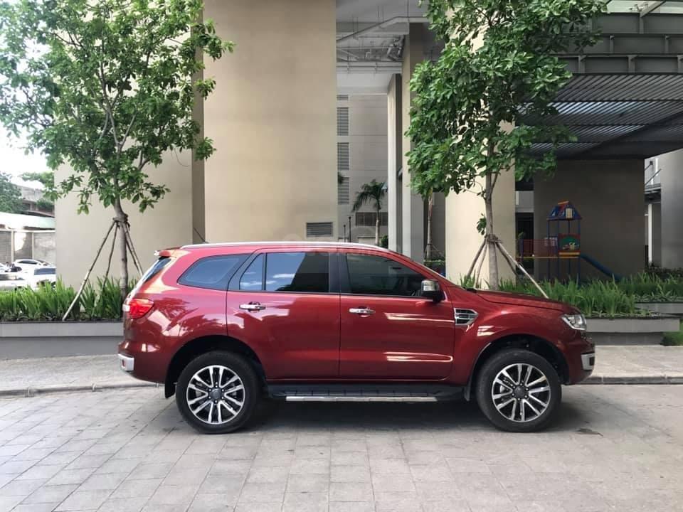 Ford Everet Titanium 4x2 AT sản xuất 2018, màu đỏ tên tư nhân (3)