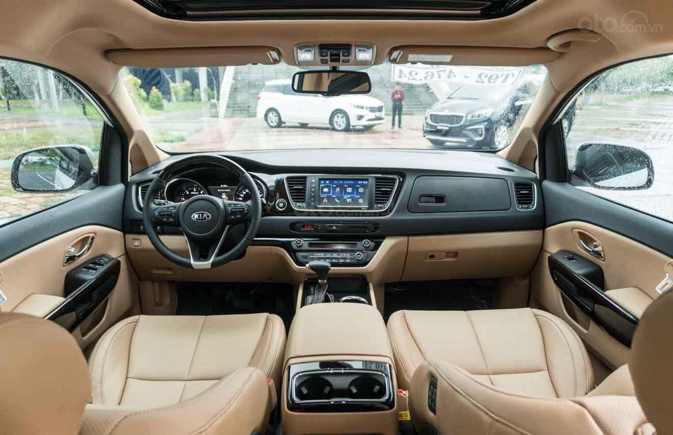 Cần bán Kia Sedona Luxury D đời 2019, màu đen (9)