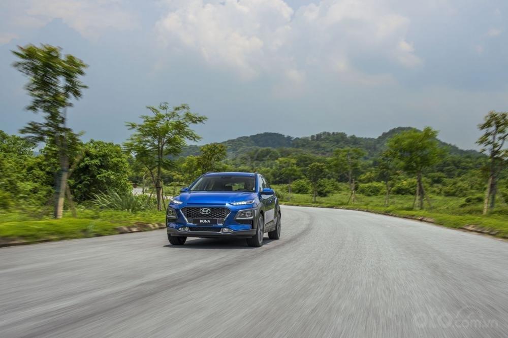 Xe SUV 5 chỗ giá rẻ: Chọn Ford EcoSport hay Hyundai Kona a4