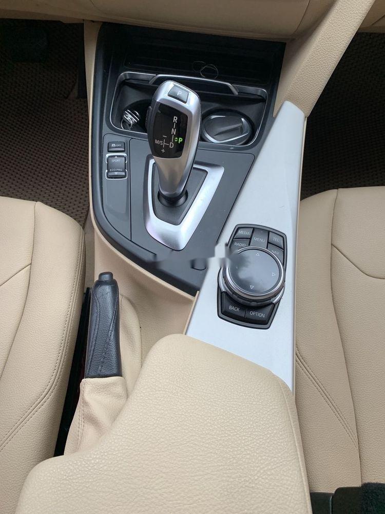 Cần bán xe BMW 320i đời 2016, màu trắng, xe nhập (9)