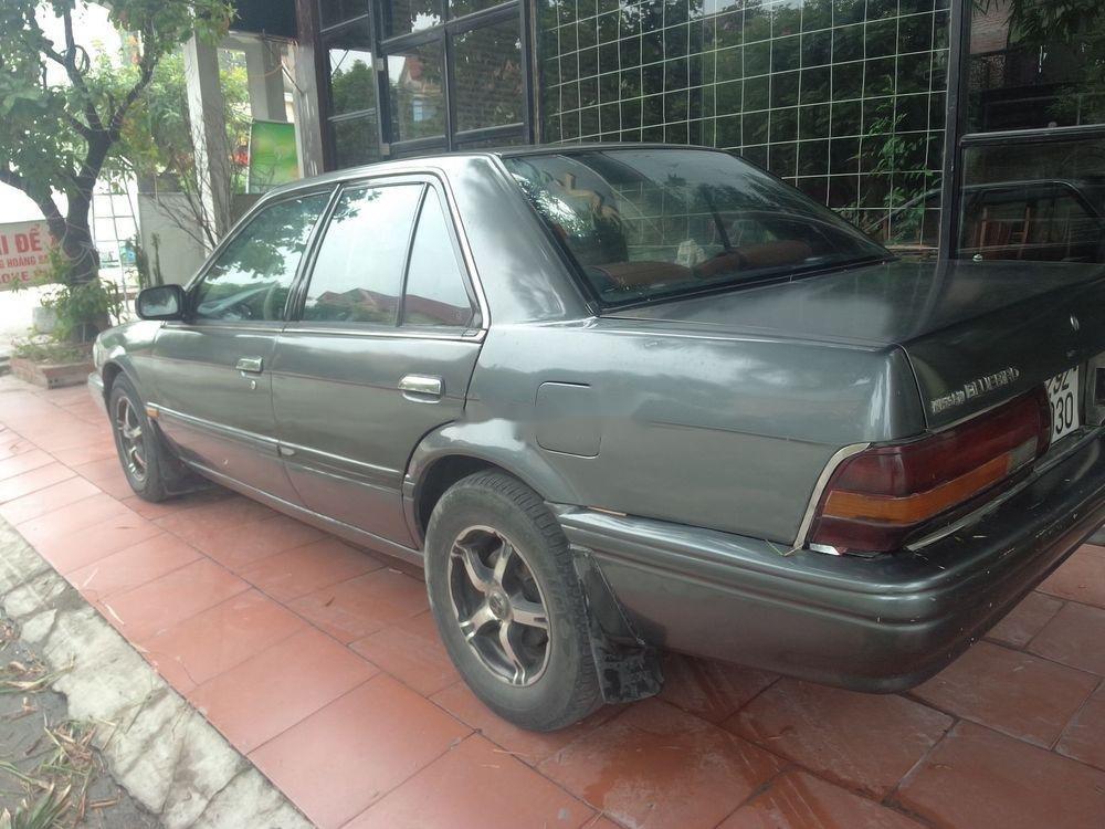 Cần bán xe Nissan Bluebird đời 1993, giá 25tr (4)