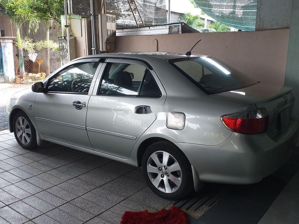 Cần bán xe cũ Toyota Vios đời 2007, màu bạc (2)
