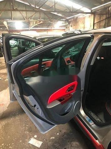 Cần bán xe Chevrolet Cruze đời 2011, màu bạc, xe gia đình  (8)