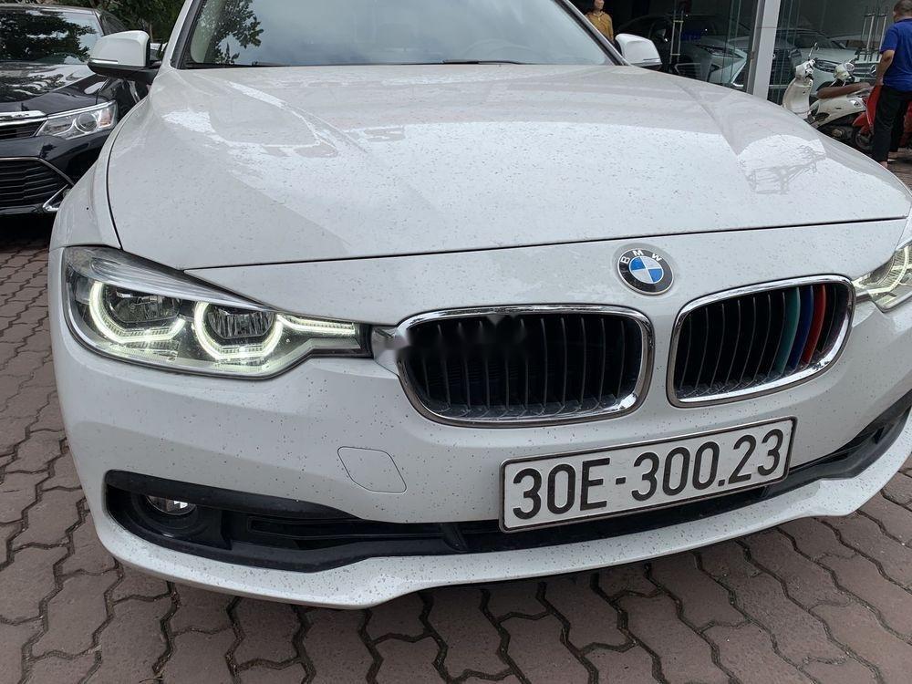 Cần bán xe BMW 320i đời 2016, màu trắng, xe nhập (3)