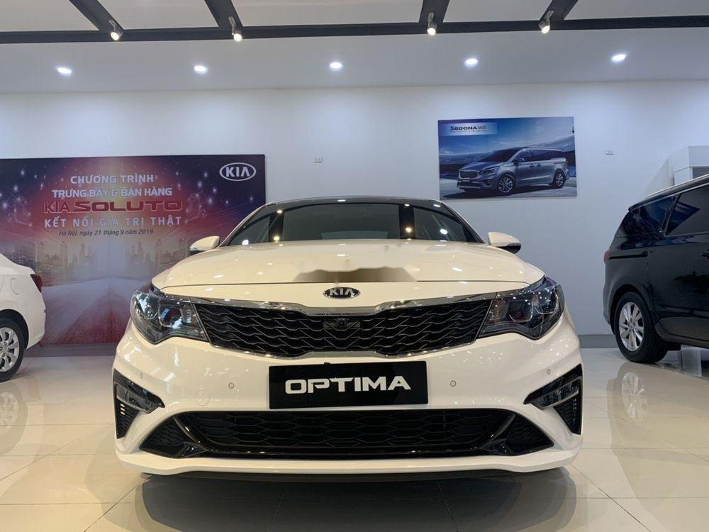 Cần bán xe Kia Optima đời 2019, màu trắng, giá chỉ 969 triệu xe nội thất đẹp (1)