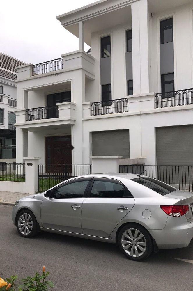 Cần bán Kia Forte năm sản xuất 2013 xe nguyên bản (4)