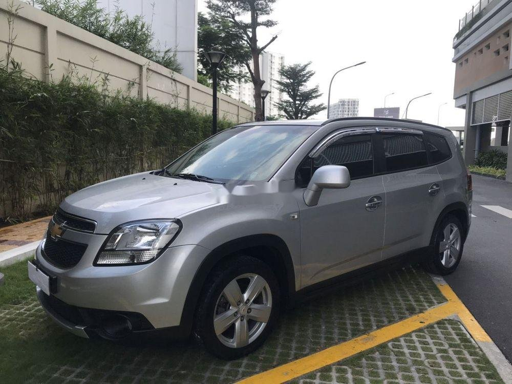 Bán Chevrolet Orlando MT sản xuất năm 2012, giá tốt (11)