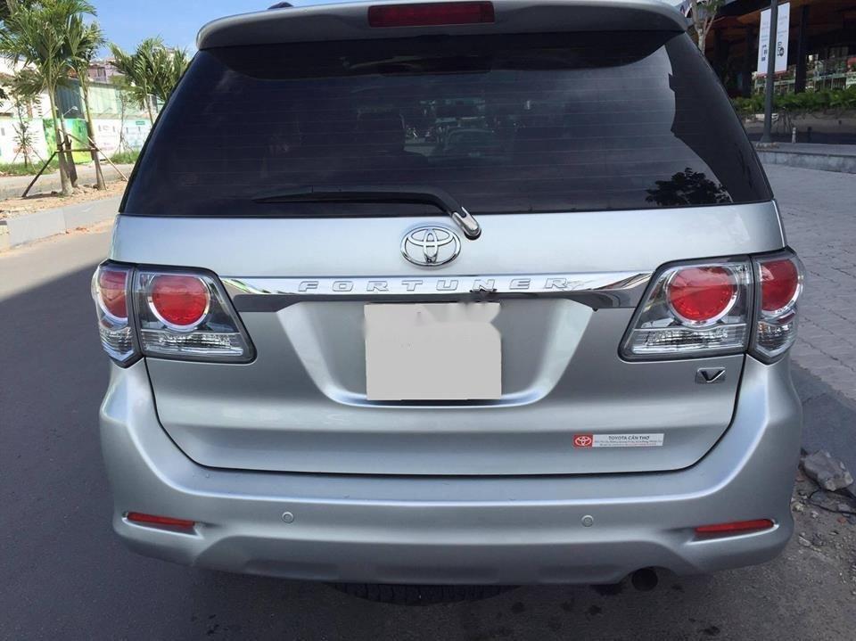 Bán Toyota Fortuner đời 2012, màu bạc, xe như mới, 633tr (4)