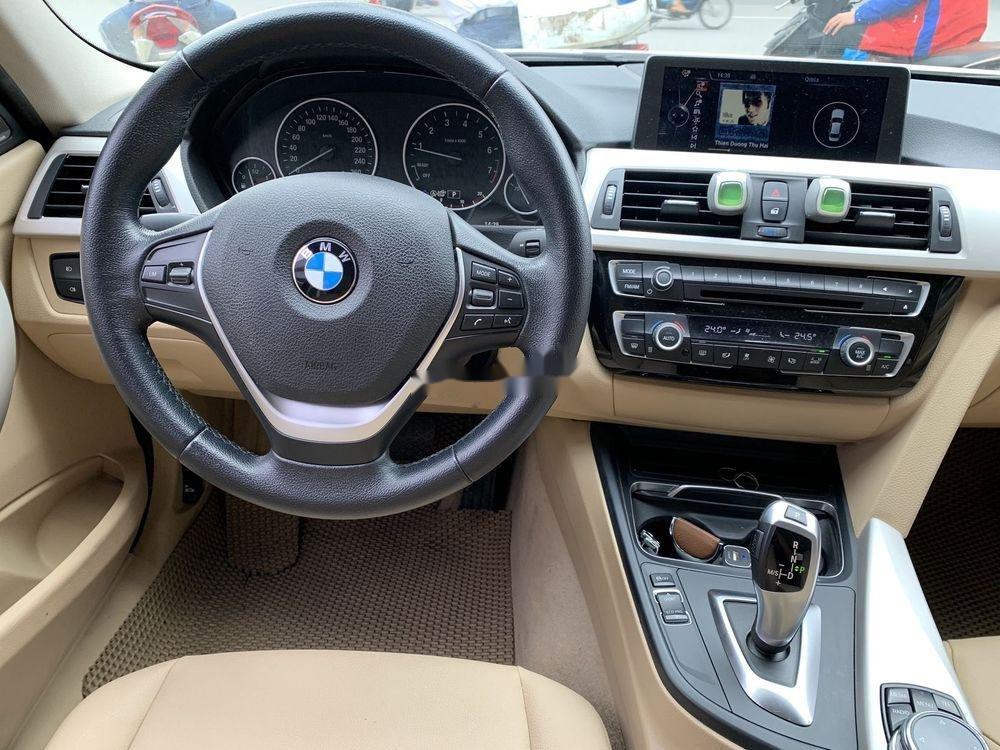 Cần bán xe BMW 320i đời 2016, màu trắng, xe nhập (8)