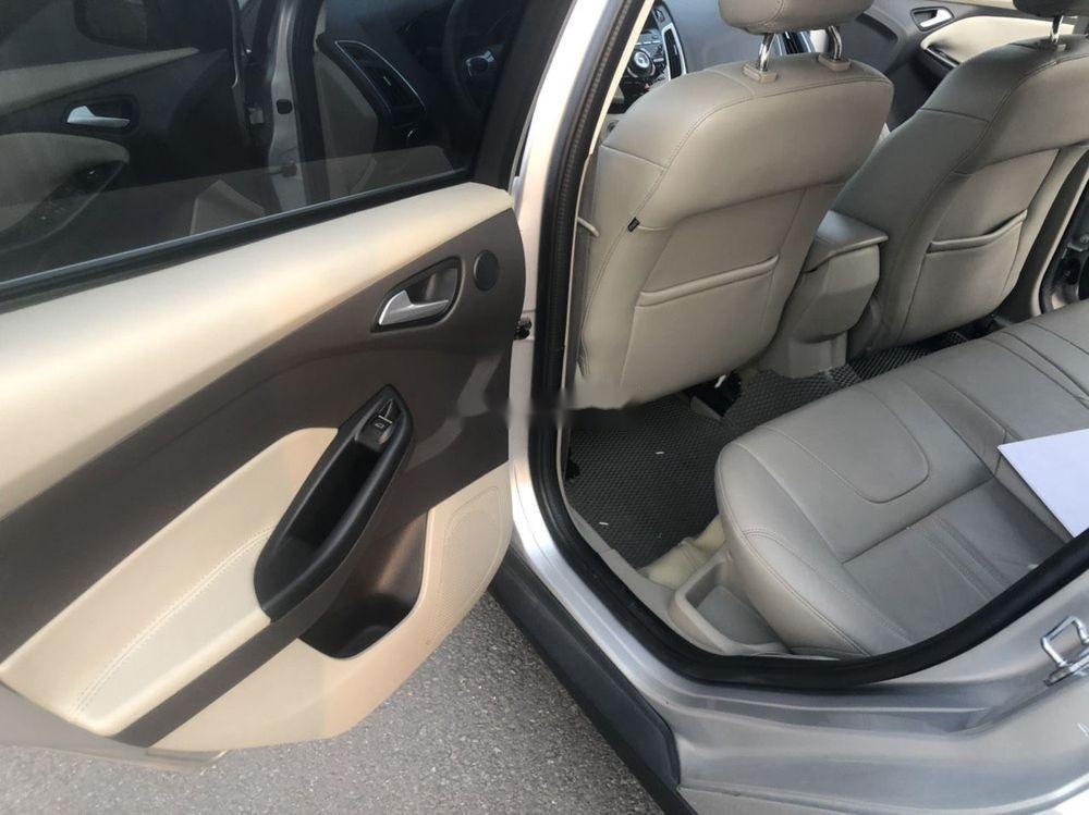 Bán Ford Focus đời 2015, màu bạc giá tốt xe nguyên bản (4)