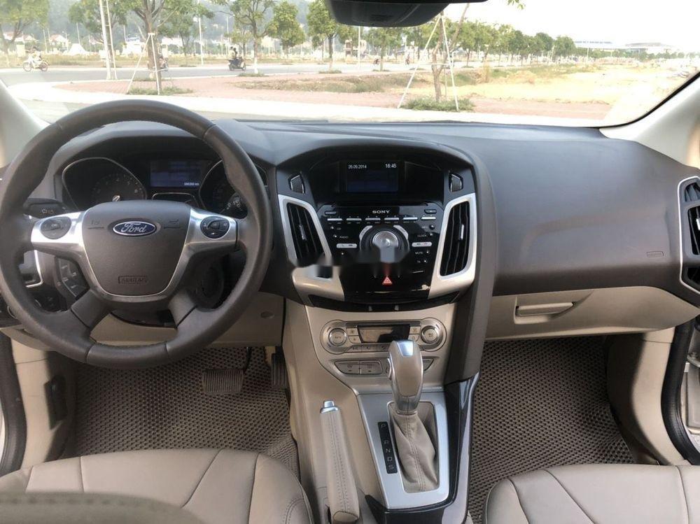 Bán Ford Focus đời 2015, màu bạc giá tốt xe nguyên bản (5)