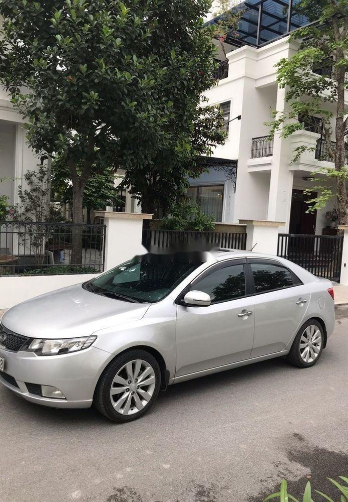 Cần bán Kia Forte năm sản xuất 2013 xe nguyên bản (2)