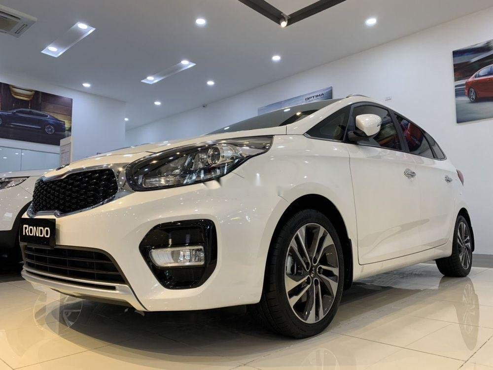 Bán ô tô Kia Rondo 2019 xe mới nội thất đẹp (2)