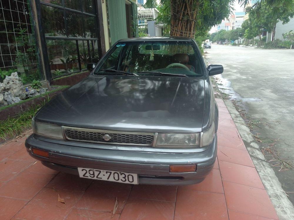 Cần bán xe Nissan Bluebird đời 1993, giá 25tr (1)
