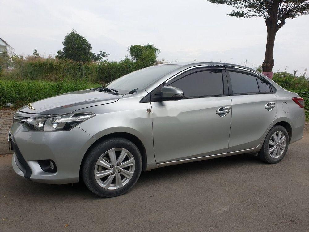 Bán Toyota Vios năm 2017, màu bạc xe nguyên bản (2)