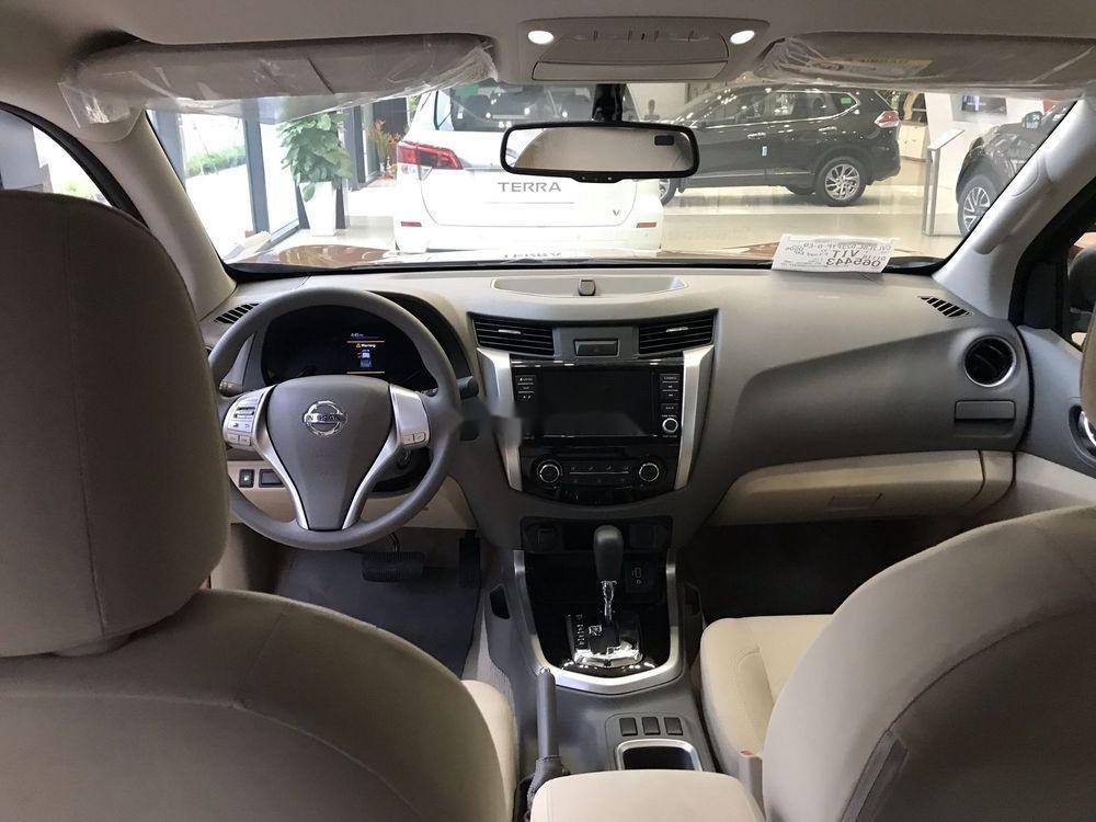 Bán Nissan Navara 2019, màu nâu, xe nhập (2)