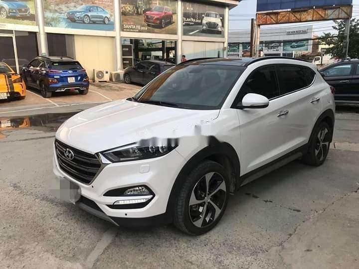 Bán Hyundai Tucson sản xuất năm 2018, màu trắng xe nguyên bản (1)