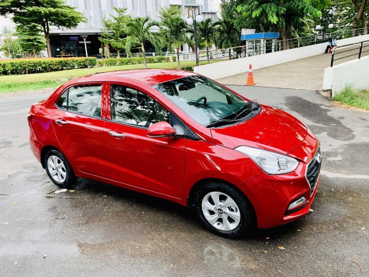 Hyundai Grand i10 giá tốt, góp 90%, hỗ trợ Grab 5 triệu tiền mặt, tặng phụ kiện giá trị thật (5)
