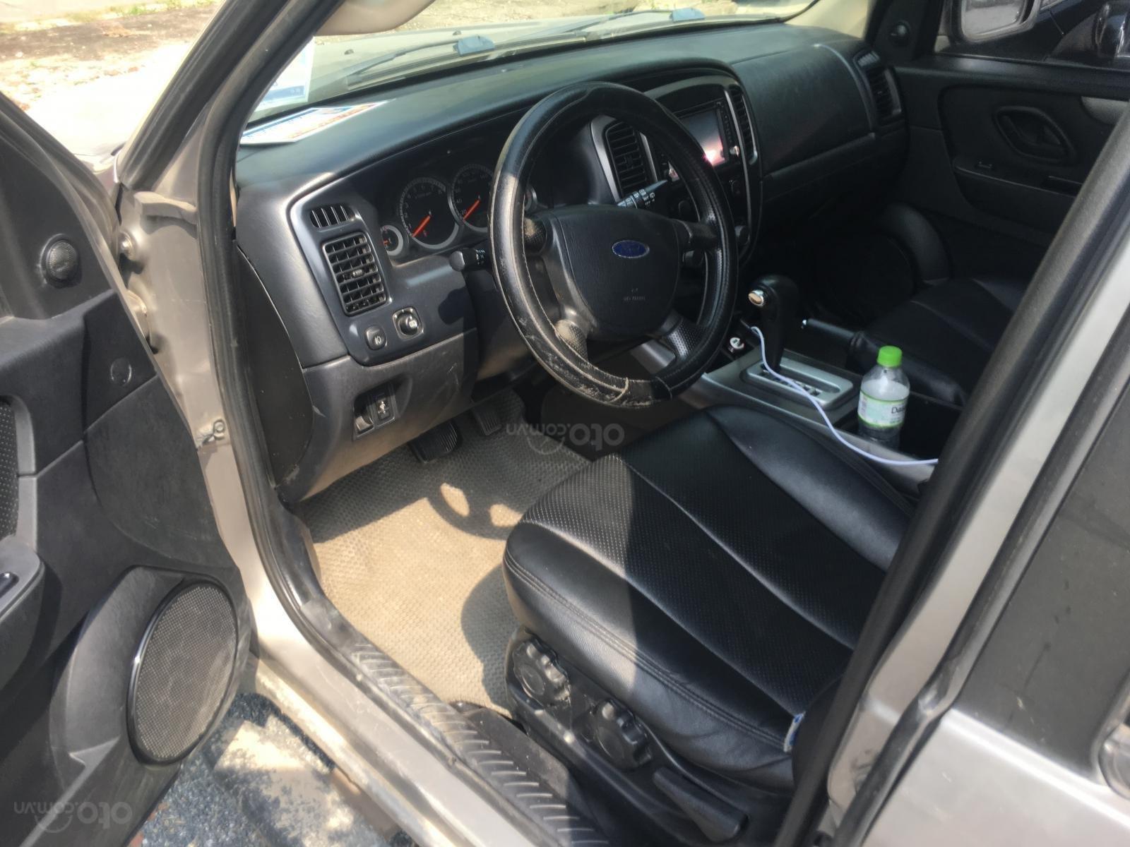 Chính chủ cần bán chiếc xe Ford Escape 2009, màu xám, giá thương thượng (7)