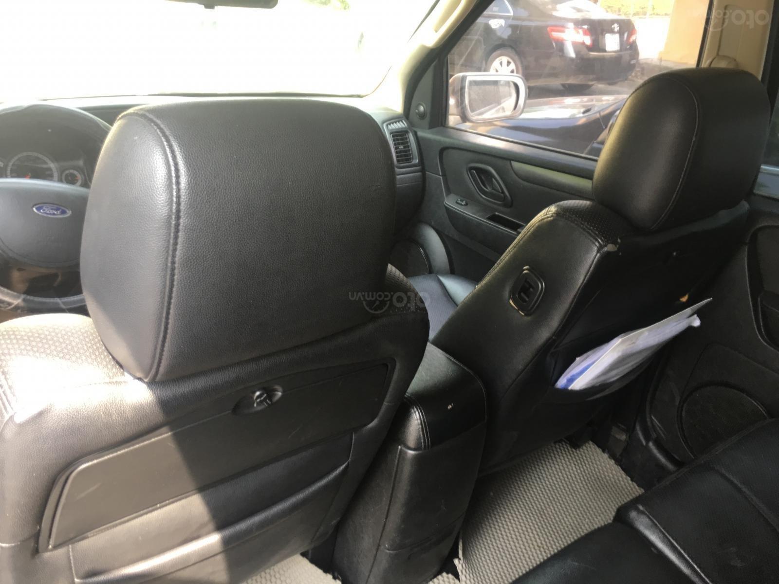 Chính chủ cần bán chiếc xe Ford Escape 2009, màu xám, giá thương thượng (8)