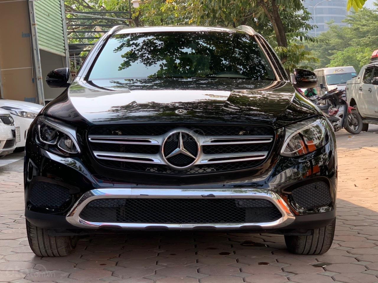 Bán ô tô Mercedes GLC200 sx 2018 (2)