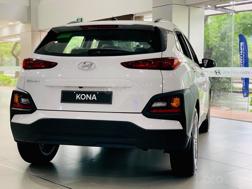 Hyundai Kona giá bán cạnh tranh, khuyến mãi quà tặng phụ kiện giá trị thật (2)