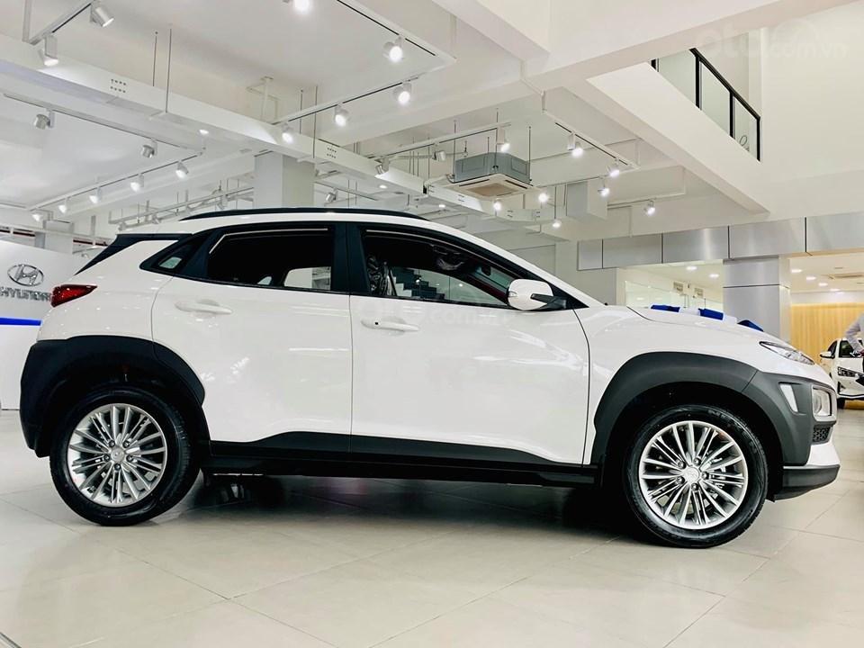 Hyundai Kona giá bán cạnh tranh, khuyến mãi quà tặng phụ kiện giá trị thật (7)