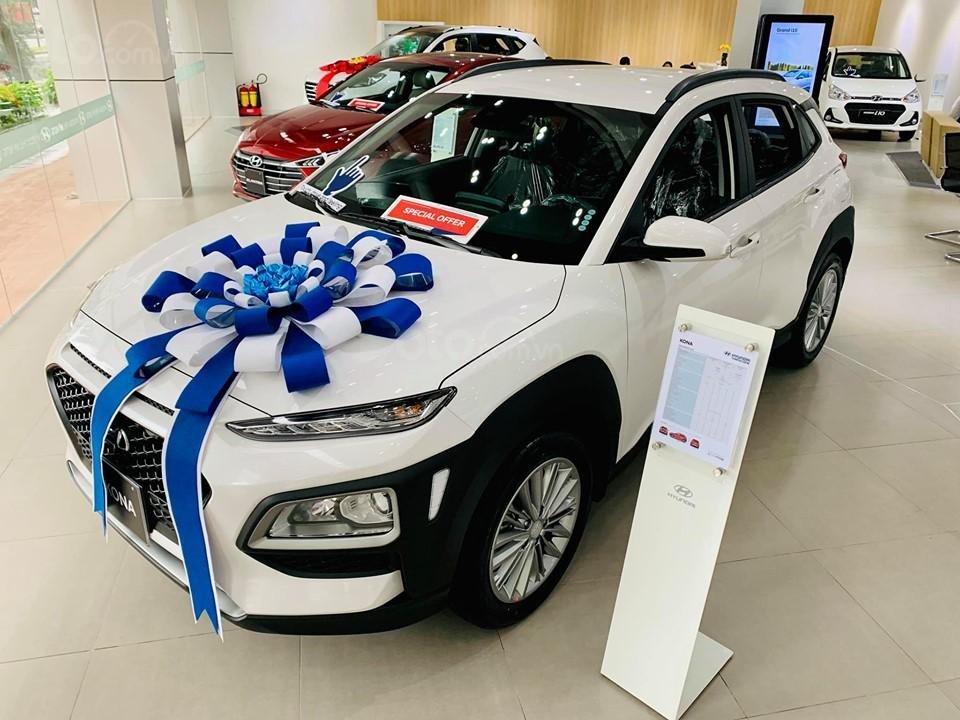 Hyundai Kona giá bán cạnh tranh, khuyến mãi quà tặng phụ kiện giá trị thật (3)