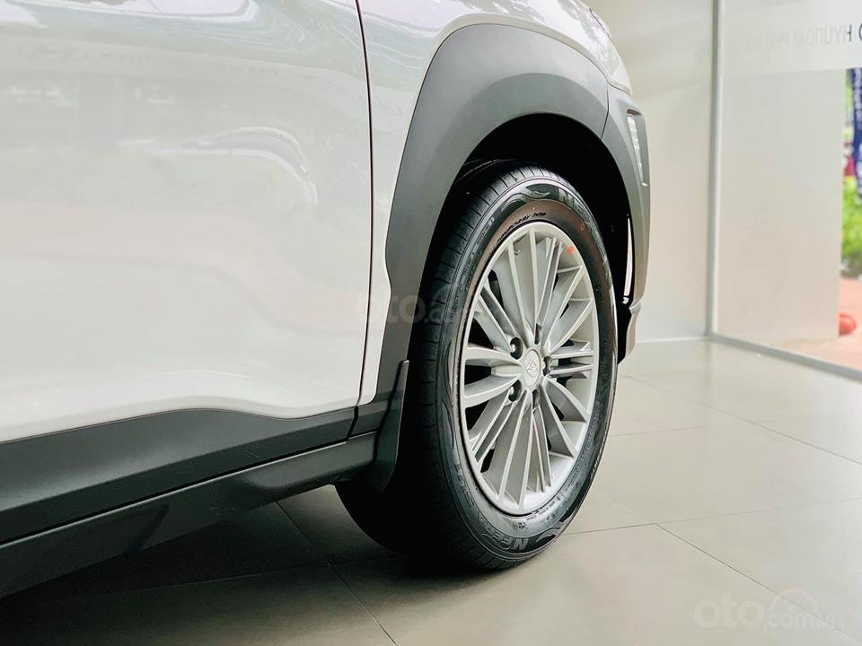 Hyundai Kona giá bán cạnh tranh, khuyến mãi quà tặng phụ kiện giá trị thật (5)