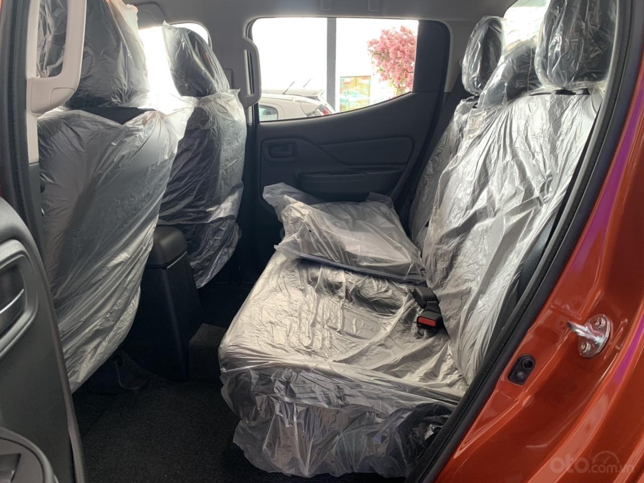 Mitsubishi Triton 4x2 AT Mivec màu cam nhập khẩu giá chỉ 630 triệu, giảm giá tốt nhất thị trường (10)
