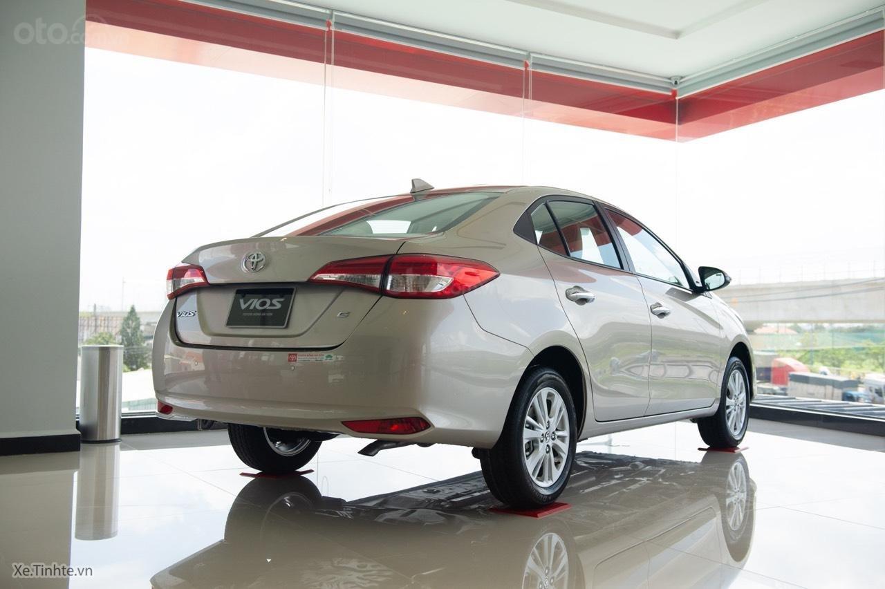 Toyota Vios mới giá tốt LH: 0936936366 mua trả góp lãi suất 0%, 165 triệu giao xe ngay (14)