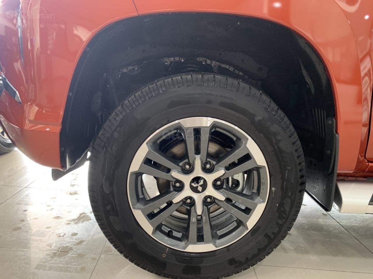 Mitsubishi Triton 4x2 AT Mivec màu cam nhập khẩu giá chỉ 630 triệu, giảm giá tốt nhất thị trường (11)