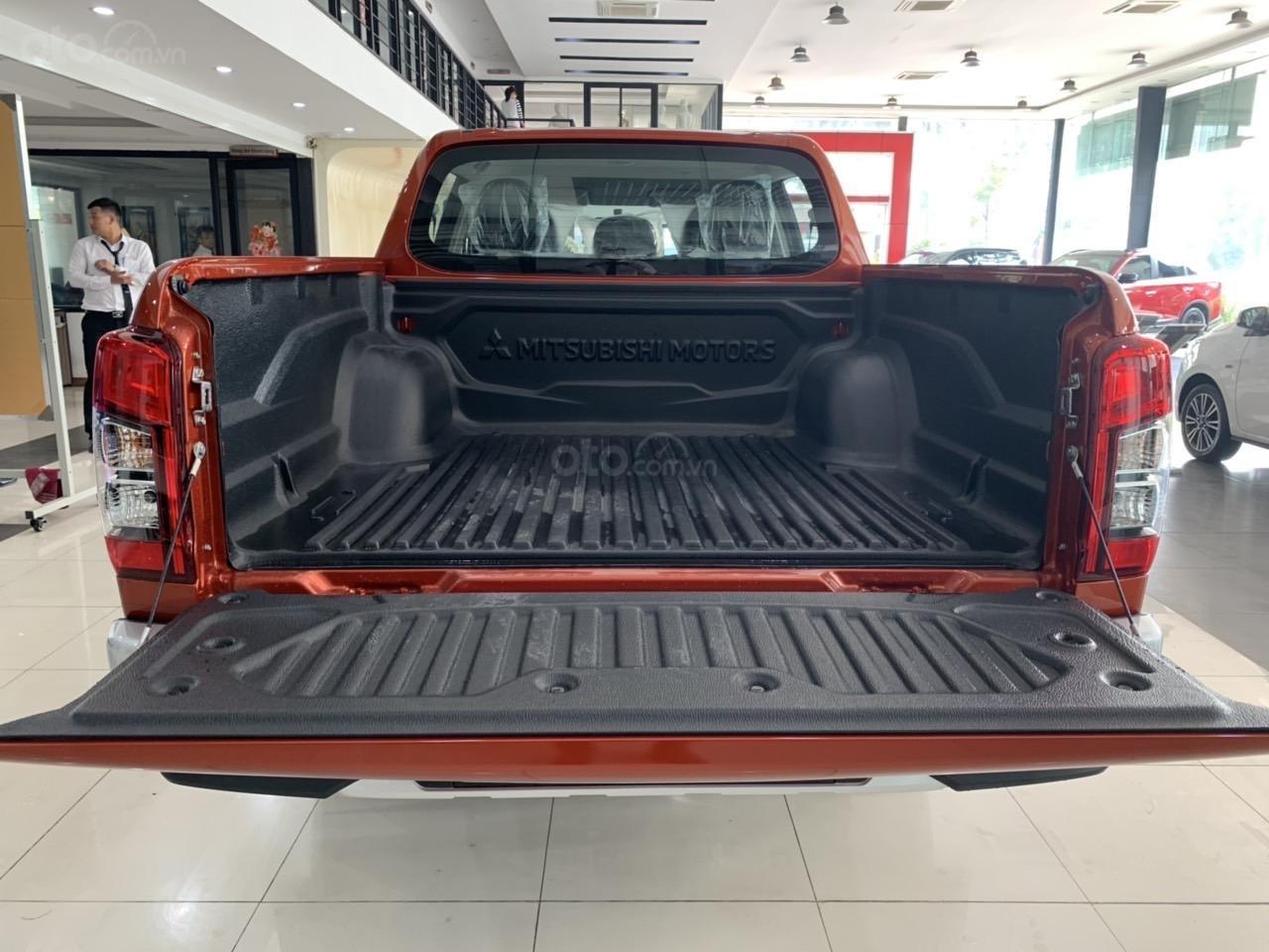 Mitsubishi Triton 4x2 AT Mivec màu cam nhập khẩu giá chỉ 630 triệu, giảm giá tốt nhất thị trường (16)