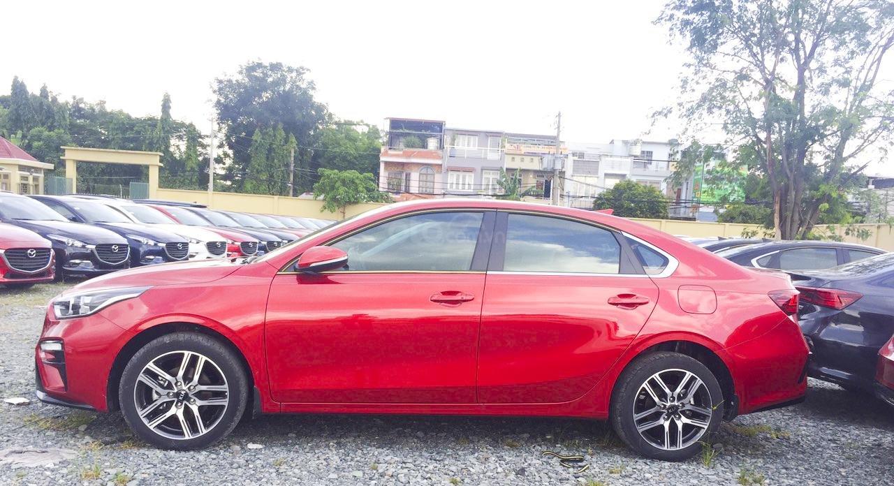 Cần bán xe Kia Cerato 2.0 Premium năm 2019, màu đỏ giá cạnh tranh (10)