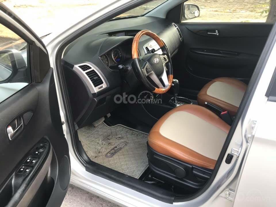 Bán xe Hyundai i20 2011, màu bạc, giá hấp dẫn (8)