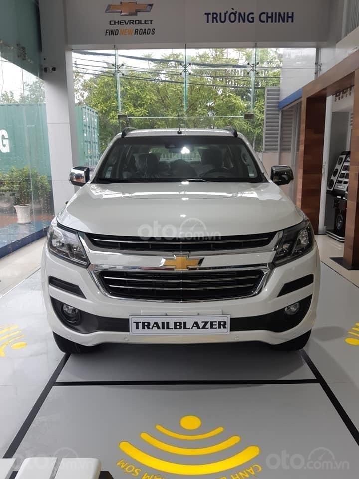Chevrolet Trailblazer ưu đãi đến 100 triệu đồng, hỗ trợ vay trả góp (1)