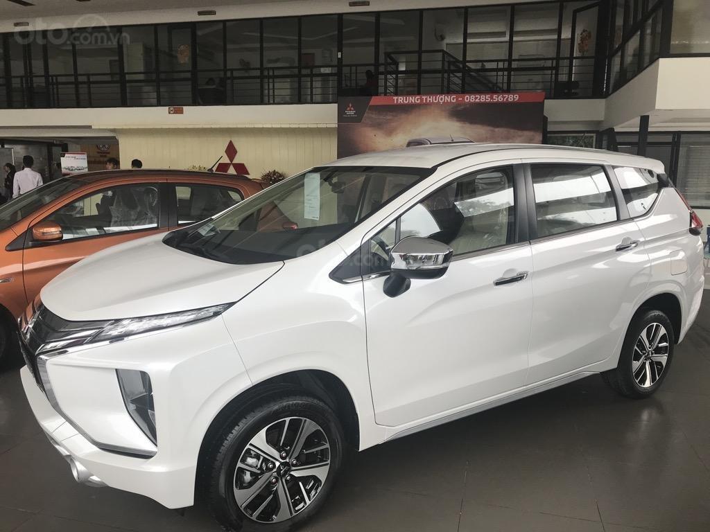 Bán xe Mitsubishi Xpander AT năm 2019, màu trắng, xe nhập khẩu nguyên chiếc, giao xe sớm nhất Hà Nội (3)