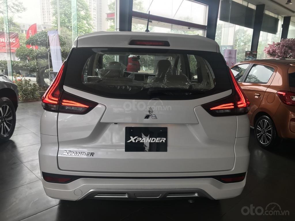 Bán xe Mitsubishi Xpander AT năm 2019, màu trắng, xe nhập khẩu nguyên chiếc, giao xe sớm nhất Hà Nội (1)