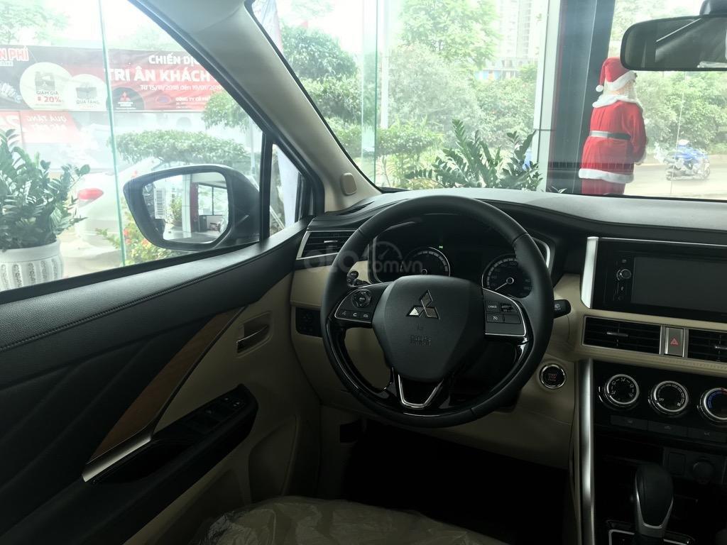 Bán xe Mitsubishi Xpander AT năm 2019, màu trắng, xe nhập khẩu nguyên chiếc, giao xe sớm nhất Hà Nội (6)