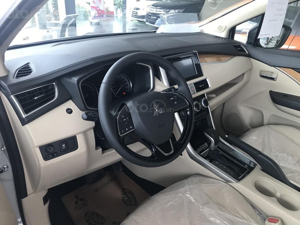 Bán xe Mitsubishi Xpander AT năm 2019, màu trắng, xe nhập khẩu nguyên chiếc, giao xe sớm nhất Hà Nội (5)