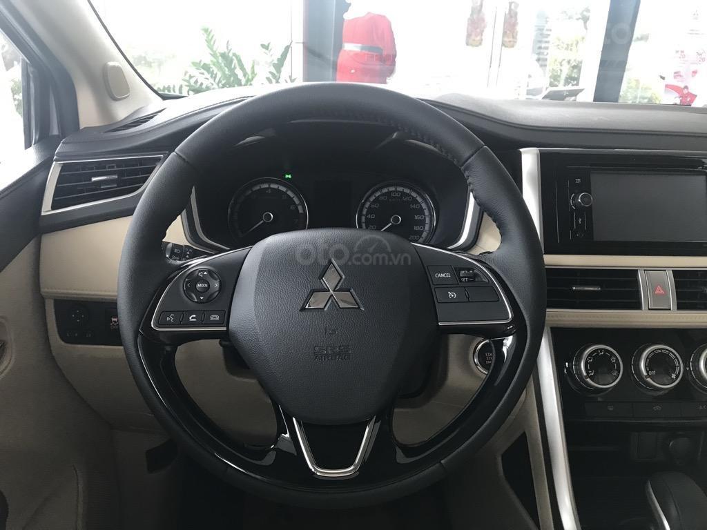 Bán xe Mitsubishi Xpander AT năm 2019, màu trắng, xe nhập khẩu nguyên chiếc, giao xe sớm nhất Hà Nội (8)