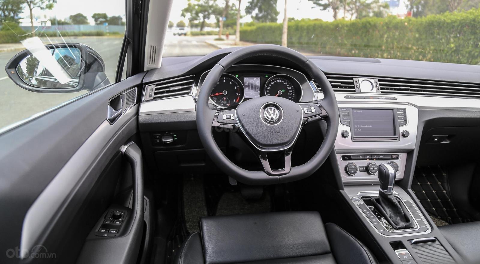 Bán Volkswagen Passat bluemotion, nhập khẩu nguyên chiếc (6)