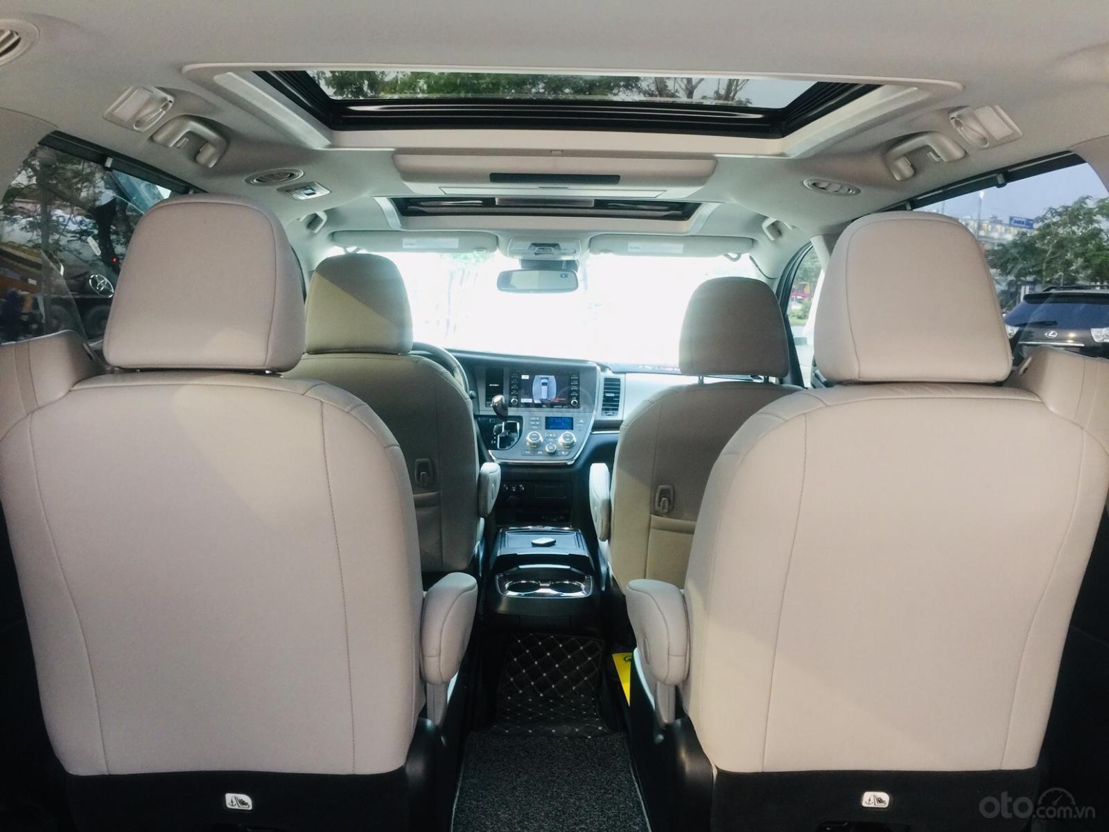 Bán xe Toyota Sienna Limited sản xuất 2018, siêu lướt, giao xe toàn quốc, LH Ms Ngọc Vy 093.996.2368 (18)