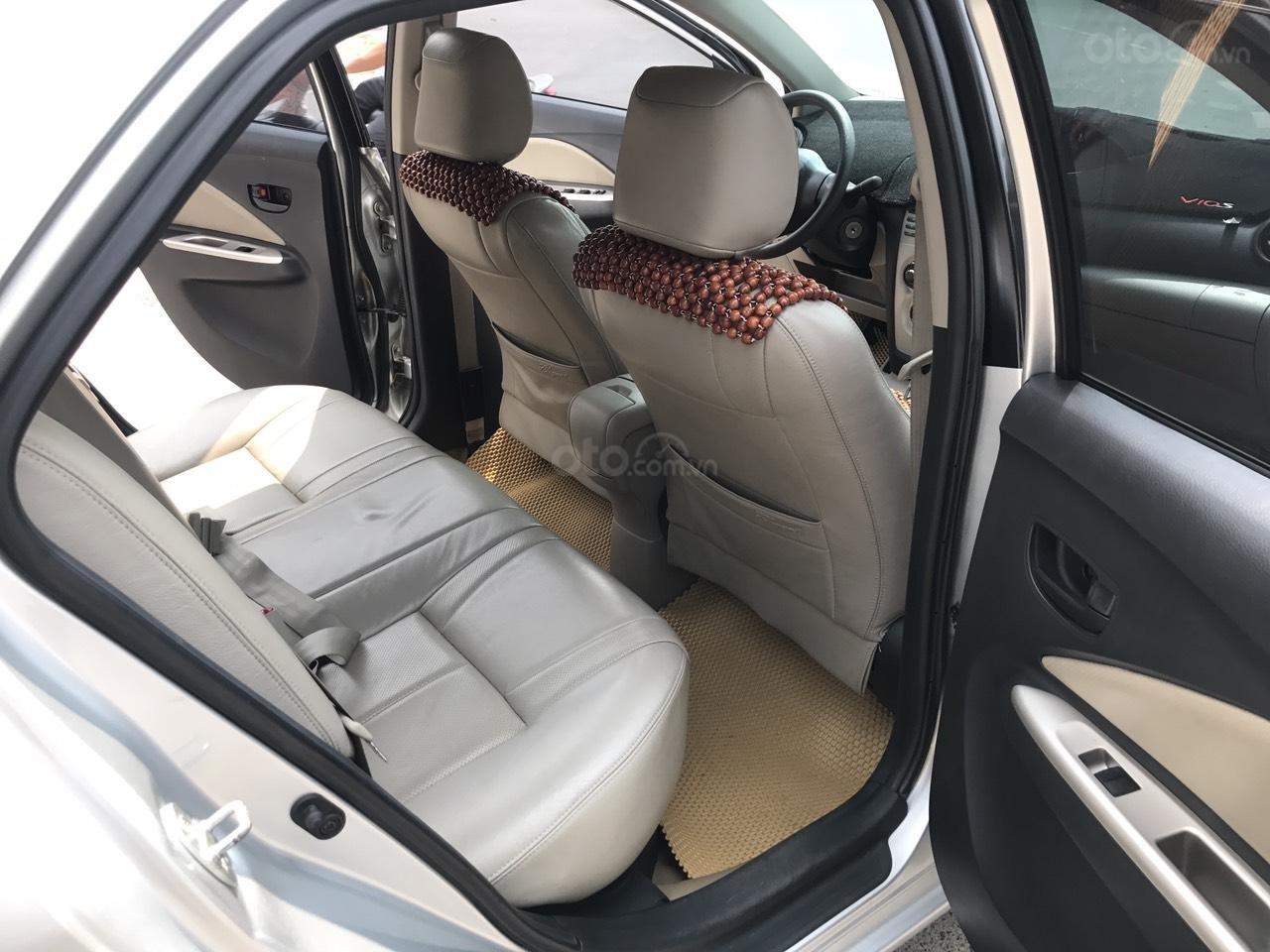 Bán xe Toyota Vios 1.5E đời 2010, màu bạc, nói không với lỗi nhỏ taxi, động chạm máy móc (21)