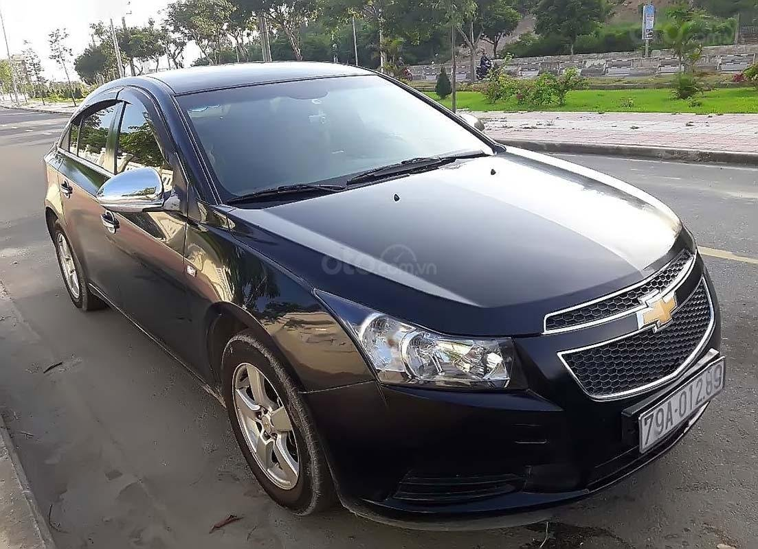 Bán Chevrolet Cruze đời 2011, màu đen, xe gia đình, 310 triệu (1)