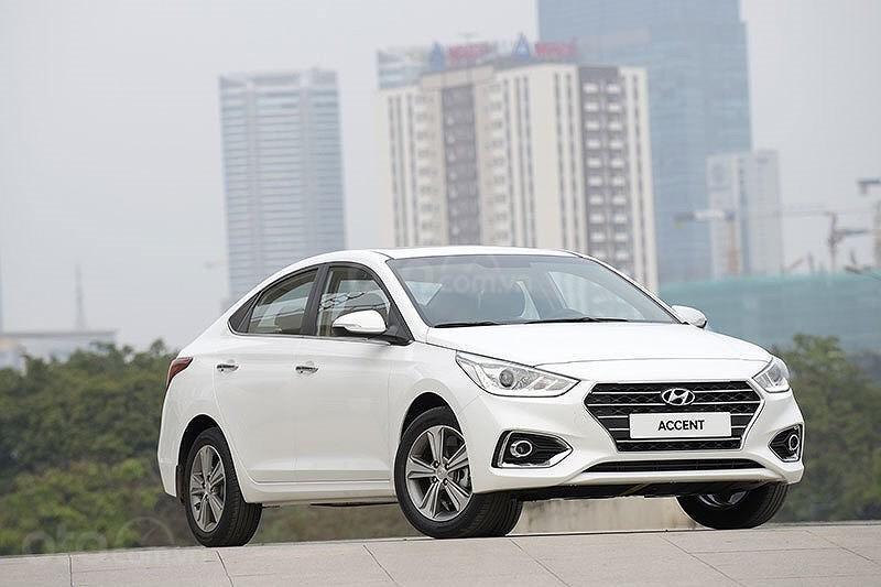 Cần bán Hyundai Accent 2019, đủ màu, xe sẵn, giao sớm nhất, tặng phụ kiện (1)